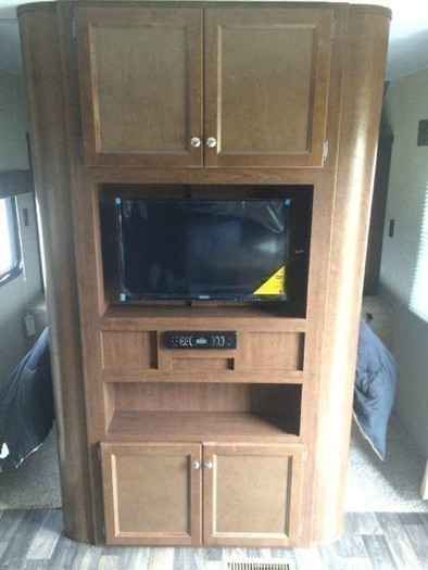 272lhs-entertainment-center