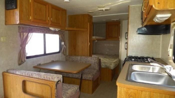 Fleetwood-trailer-rental-a-interior