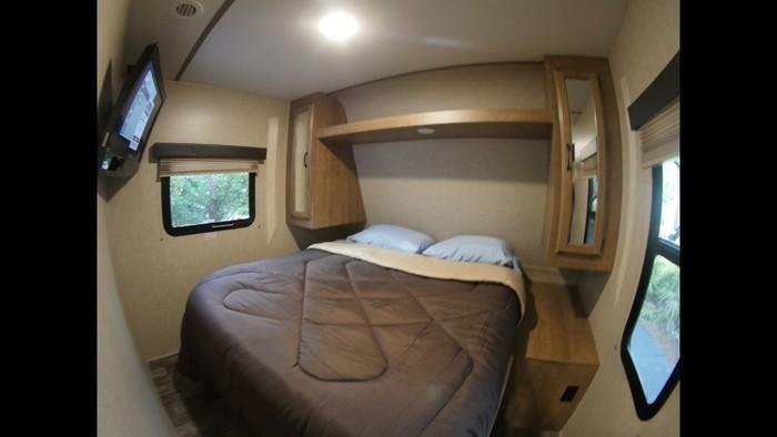 Rv master bed