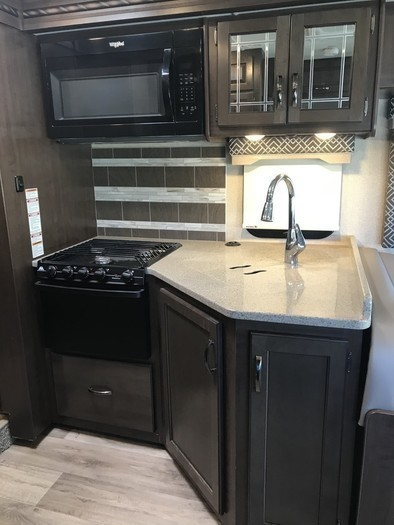 2017 four winds deluxe 31e pic 7