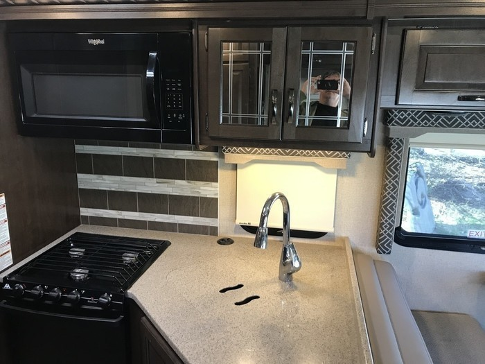 2017 four winds deluxe 31e pic 18