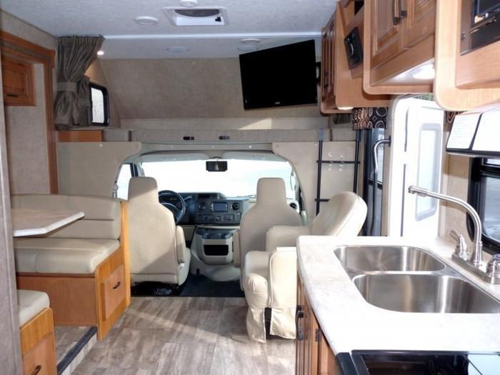 26-ft-motorhome-rental-living-space-5