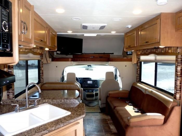 29-ft-motorhome-rental-living-space-4