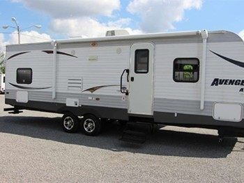 Sm rv rental avenger large