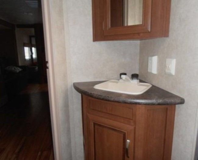 Salem-cruise-bathroom-sink-1-495x400