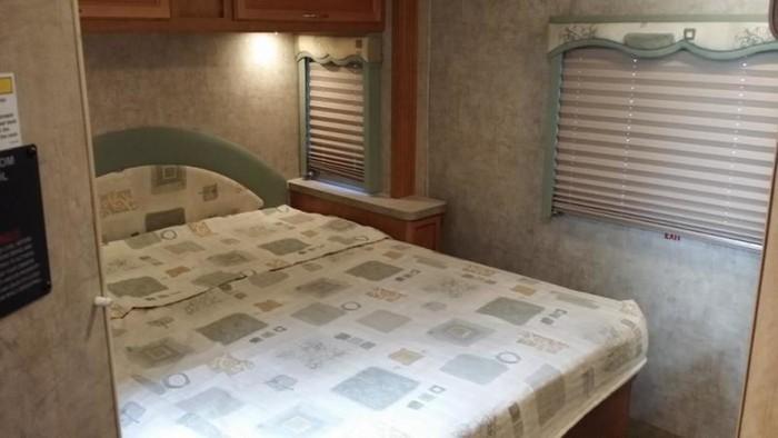 Jamb4 bedroom