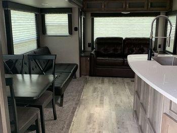 2018 Keystone Rv Sprinter 319  - Travel Trailer RV on RVnGO.com