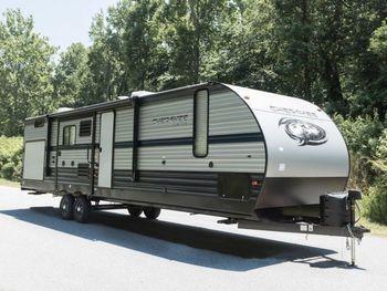 2020 Cherokee 304BH LXLT - Travel Trailer RV on RVnGO.com