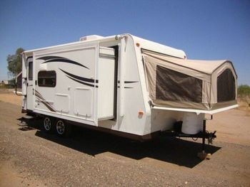 2014 Flagstaff Shamrock 21DK  - Travel Trailer RV on RVnGO.com