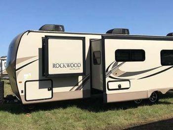 2018 Forest River Rockwood 32' - Travel Trailer RV on RVnGO.com