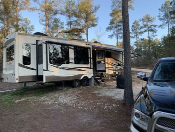 2018 Forest River Cardinal - Fifth Wheel RV on RVnGO.com