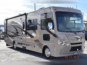 2015 Thor Motor Coach Hurricane - Class A RV on RVnGO.com