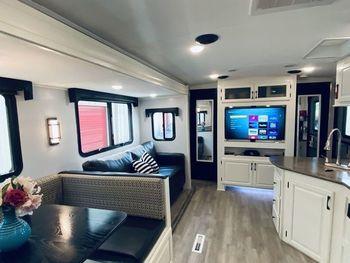 2018 Palomino Solaire Ultra Lite 317  - Travel Trailer RV on RVnGO.com