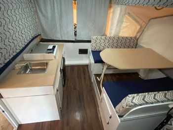 2000 Jayco Eagle 12 SO - Pop-Up Camper & Other (Non-Motorized) RV on RVnGO.com