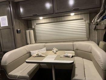 2019 Winnebago 22r - Class C RV on RVnGO.com