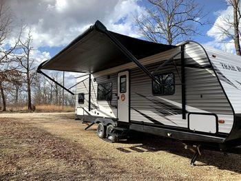 2019 Heartland Trail Runner SLE 261 - Travel Trailer RV on RVnGO.com