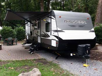 2021 Heartland Pioneer BH270 - Travel Trailer RV on RVnGO.com