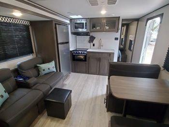2021 Shasta Shasta 25RS - Travel Trailer RV on RVnGO.com