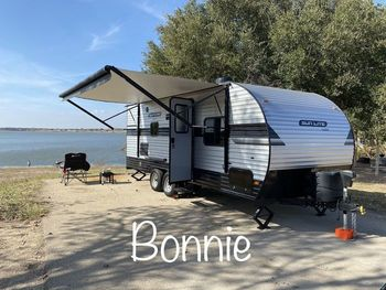 2019 Sunset Park Rv Sunlite 23WQBS - Travel Trailer RV on RVnGO.com
