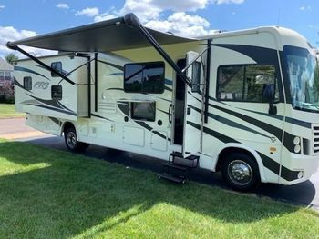 2019 Forest River FR3 32DS - Class A RV on RVnGO.com