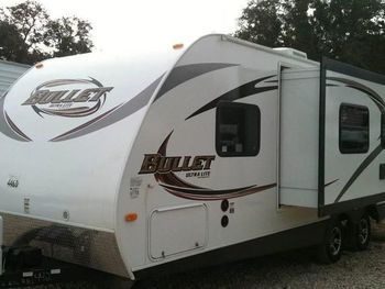 2020 Keystone 24ft - Travel Trailer RV on RVnGO.com