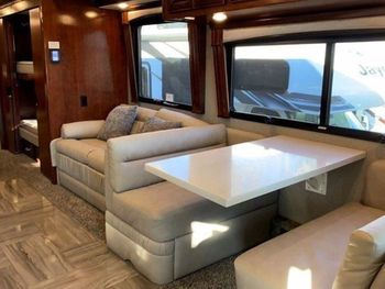 2018 Newmar London Aire - Class A RV on RVnGO.com