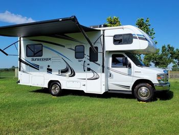 2019 Forest River Sunseeker - Class C RV on RVnGO.com