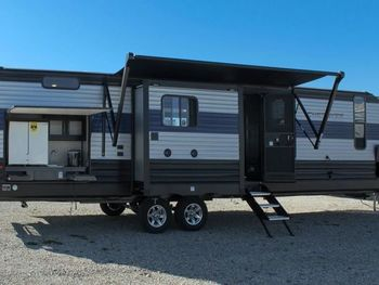 2021 Cherokee 304BH - Travel Trailer RV on RVnGO.com