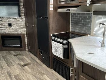 2019 Cherokee Forest River Grey Wolf - Travel Trailer RV on RVnGO.com