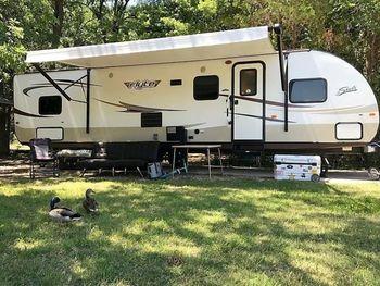 2020 Shasta 305QB Flyte - Travel Trailer RV on RVnGO.com