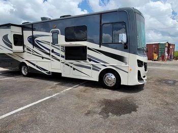 2020 Fleetwood 33HB - Class A RV on RVnGO.com