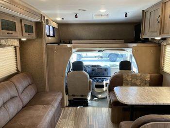 2017 Coachmen Freelander 31 BH - Class C RV on RVnGO.com