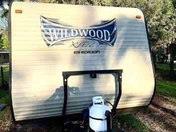 2016 Forest River Wildwood XLite 195 BH - Travel Trailer RV on RVnGO.com